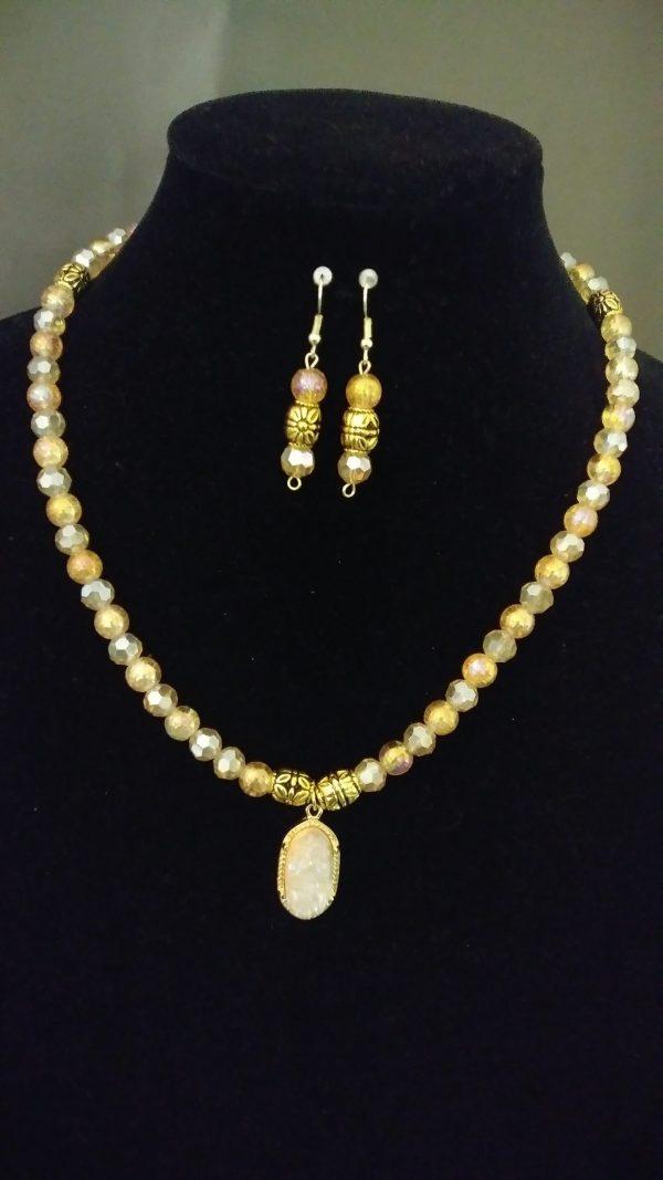 Poppy Women Necklace Set