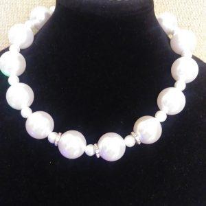 White Marilyn 2 Pc Women Necklace Set