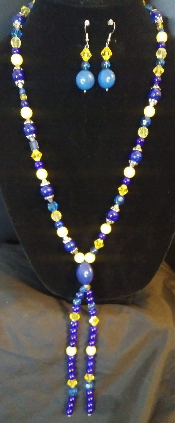 Breezy Slip On Women Blue And Yellow Bow Tie Necklace