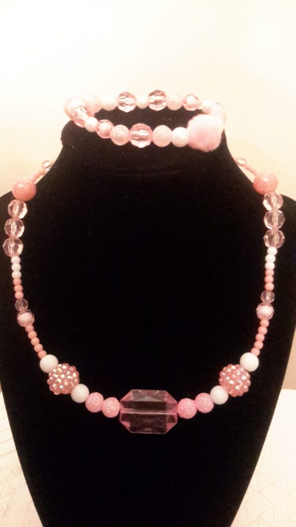 Pink And White Beaded Necklace Set